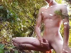 so hot twink jerking in the garden